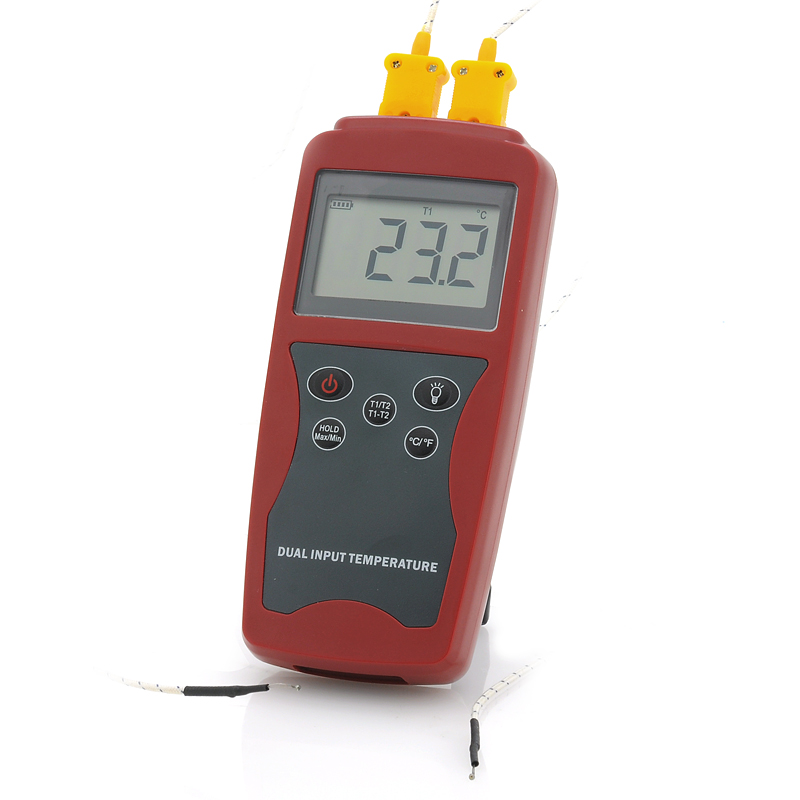 (M) Digital Type K Thermometer w/ Dual Temp Guage (M)